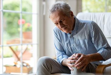 Senior man with knee pain 374491315 - Procedures
